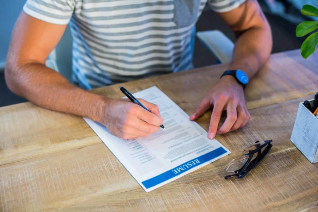 medical student completing resume