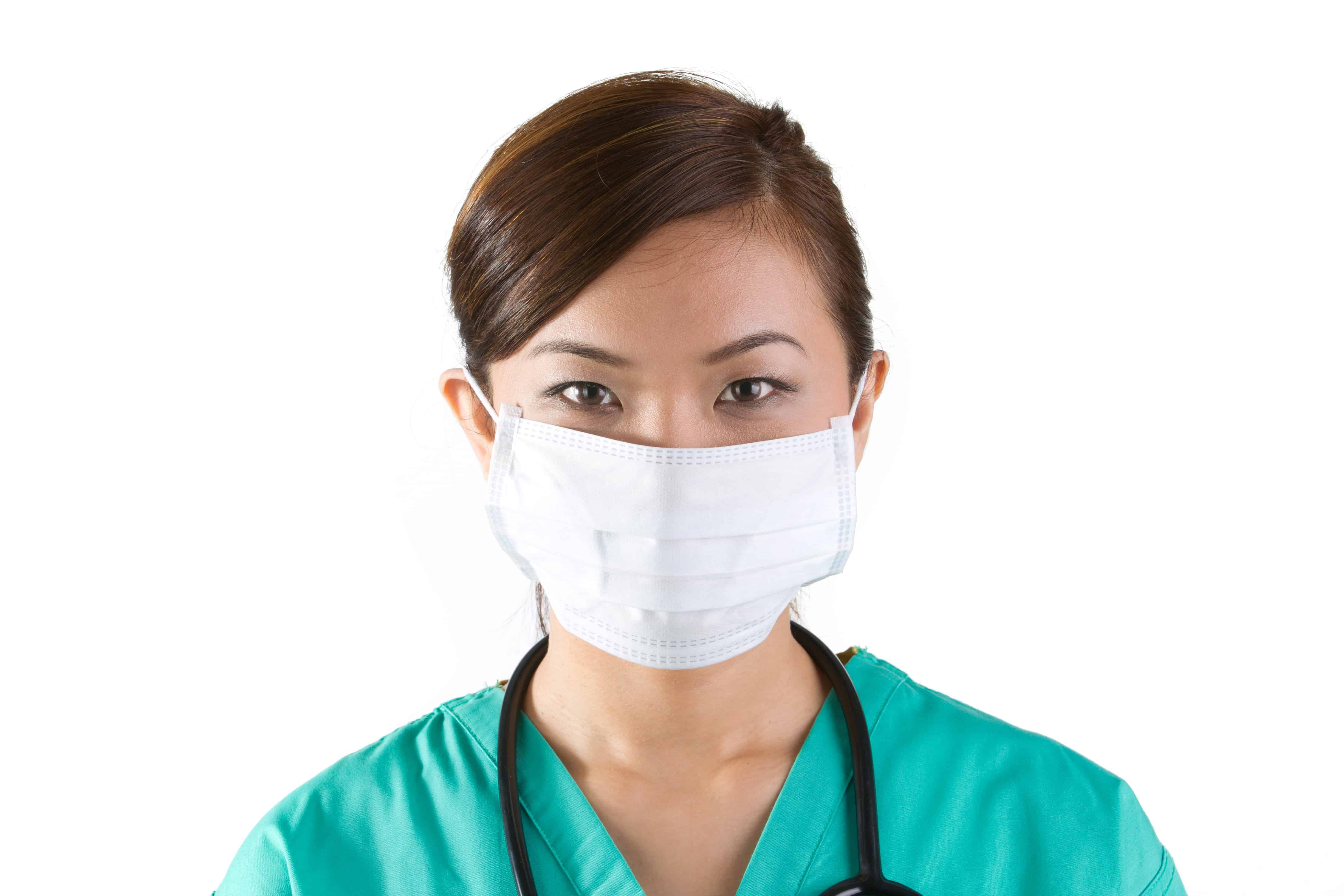 IMG doctor with face mask